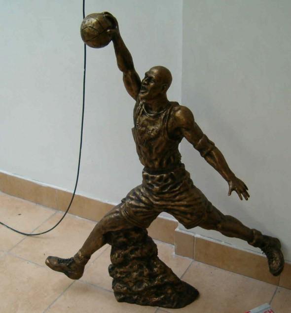 Rzeźba Michael Jordan 2