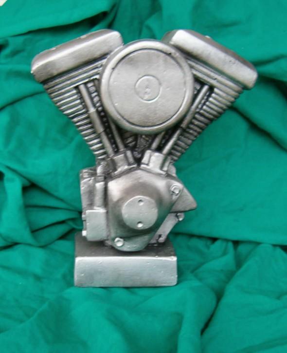 statuetka, puchar, rzeżbiony silnik