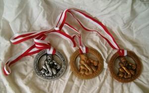 Medal z tworzywa
