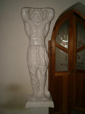 rzeźba kuros